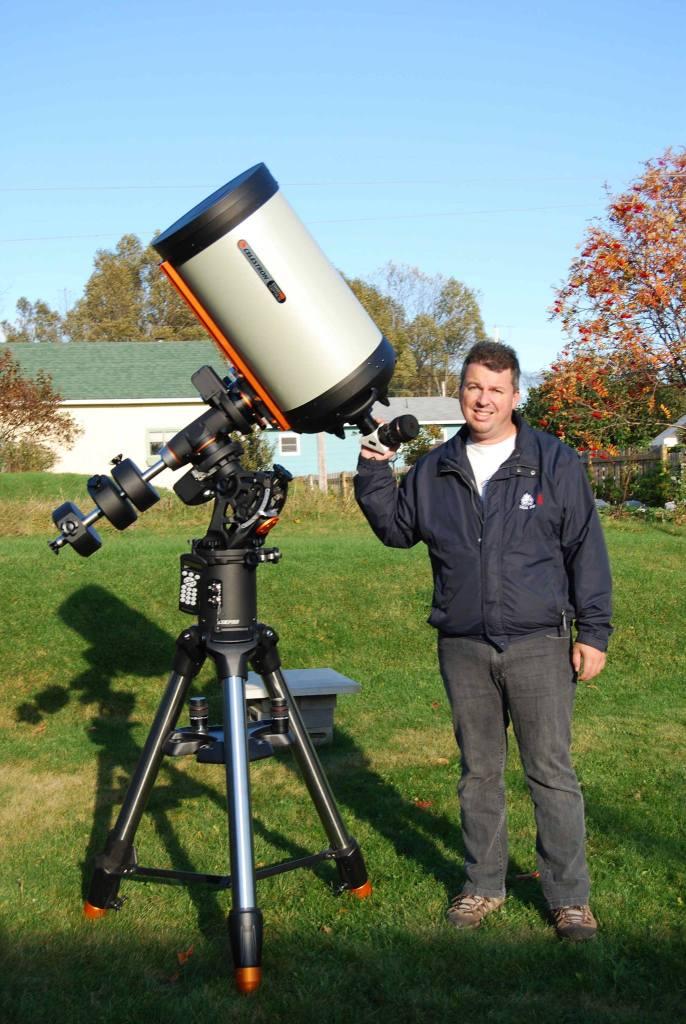 Nouvel arrivant et astronome amateur.